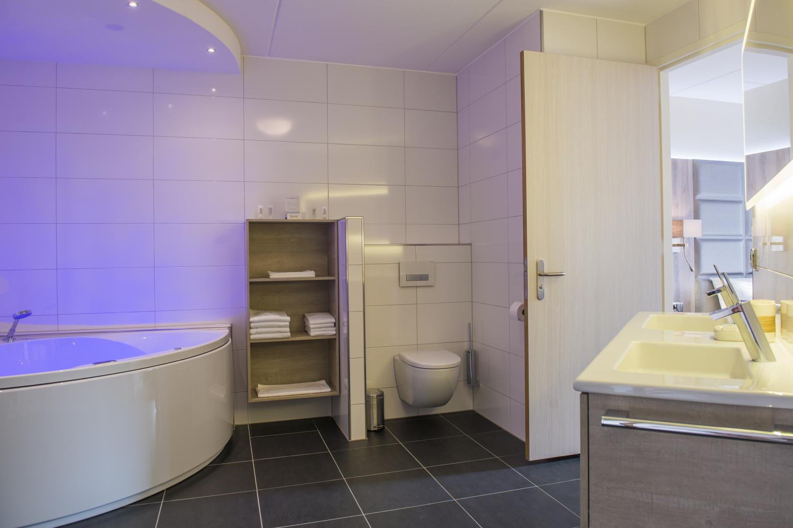 Marveld Tournament - Hotel Havezate Marveld - Bathroom